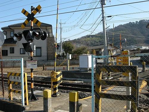 180111kawaura_fumikiri01_100110.jpg