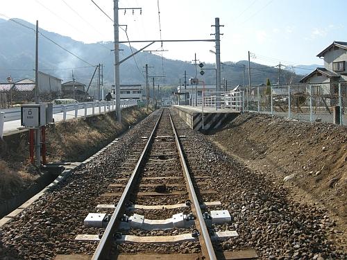 180111kawaura_fumikiri02_100110.jpg